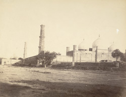 [Side view of the] Jama Masjid, Lahore.
